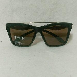 Nwt SMITH the run around sunglasses